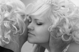 nikola-wedding-bride-02-bw-crop